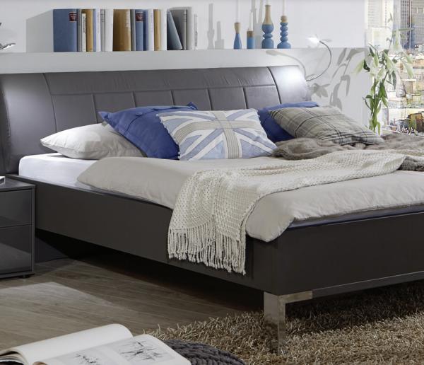 Vigo Bed